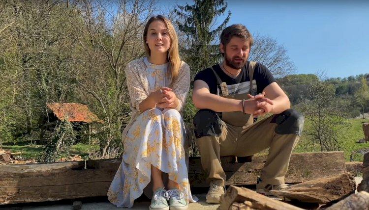 Srpska glumica i hrvatski pevač već mesec dana žive u kontejneru!
