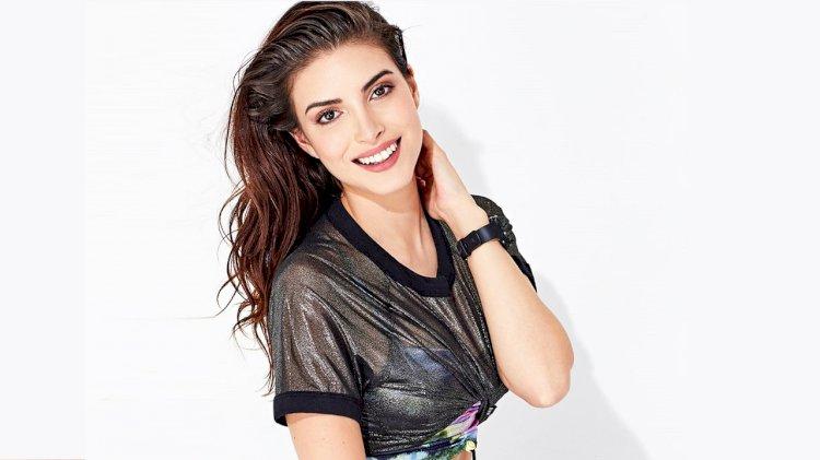 Turska glumica | Deniz Baysal |
