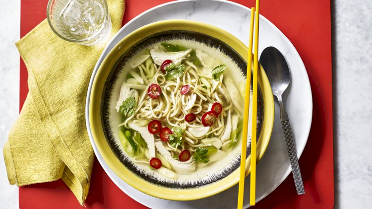 5 - minutna pileća supa sa rezancima