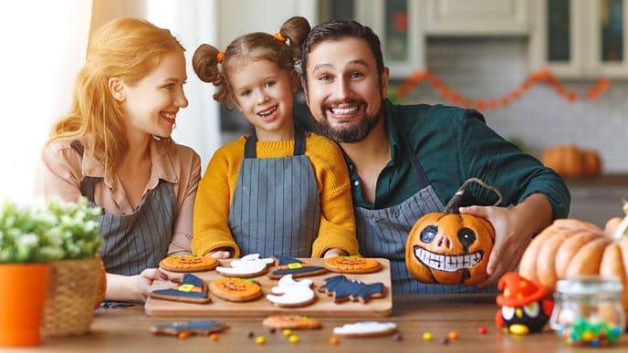 Zastrašujuće dobri načini za proslavu Halloweena kod kuće